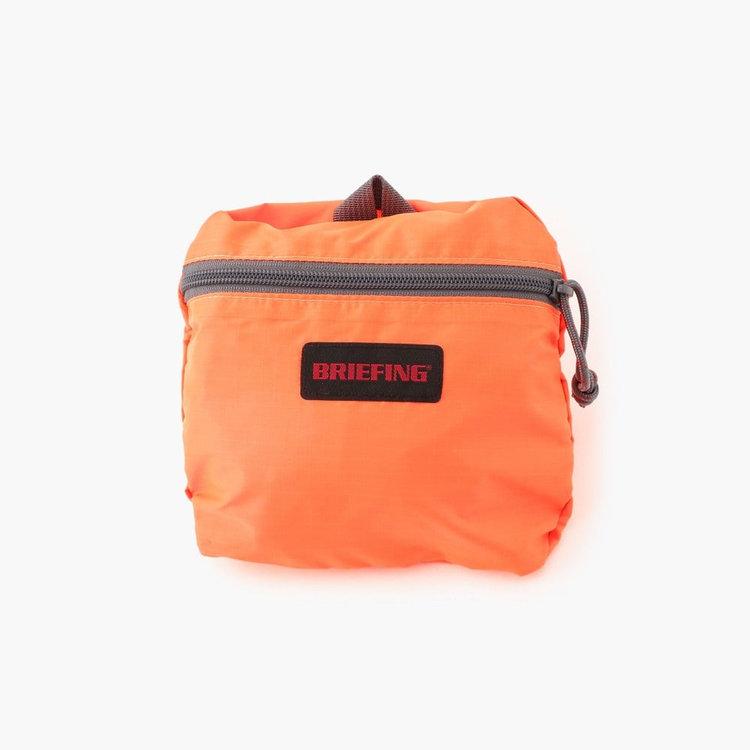 内部ポケットに本体を収納できるパッカブル仕様で、エコバッグや旅行時のサブバッグとしても優秀。