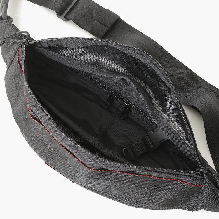 ブリーフィングボディバッグTRIPOD2つのジップポケット