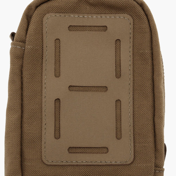 BRIEFINGの進化を表現する新アイコン「MOLLE PATCH」。
