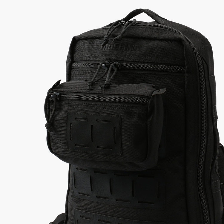 MADE IN USA PROGRESSIVEのバッグアイテムに装着することで、カスタマイズをお楽しみいただけます。
