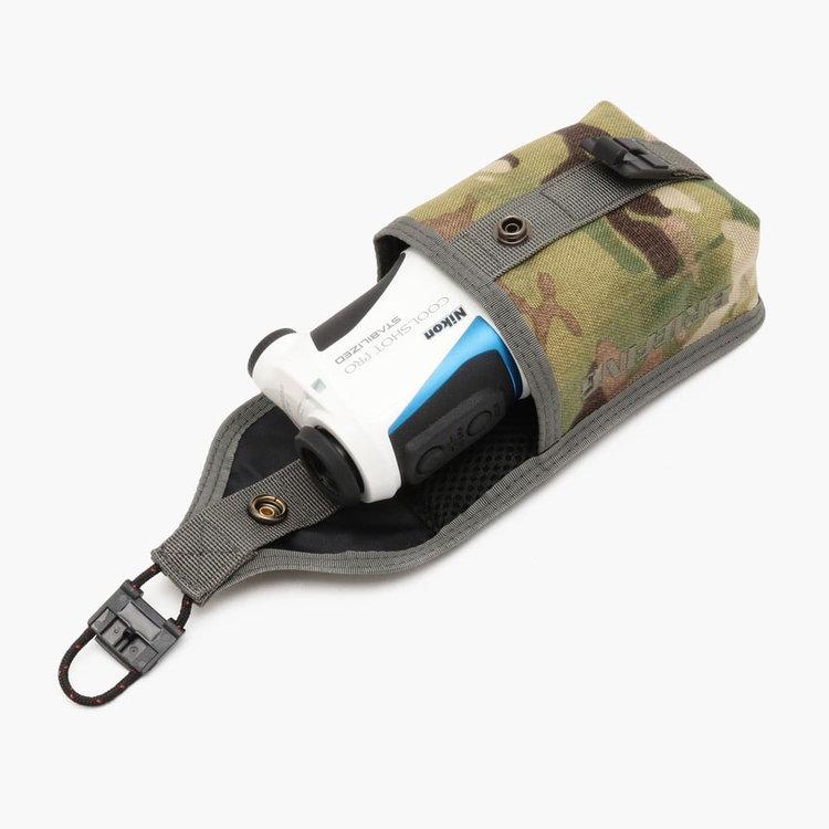ニコン COOLSHOT の収納を想定したサイジング、内部にはクッション材を搭載し計測器を衝撃から保護します。