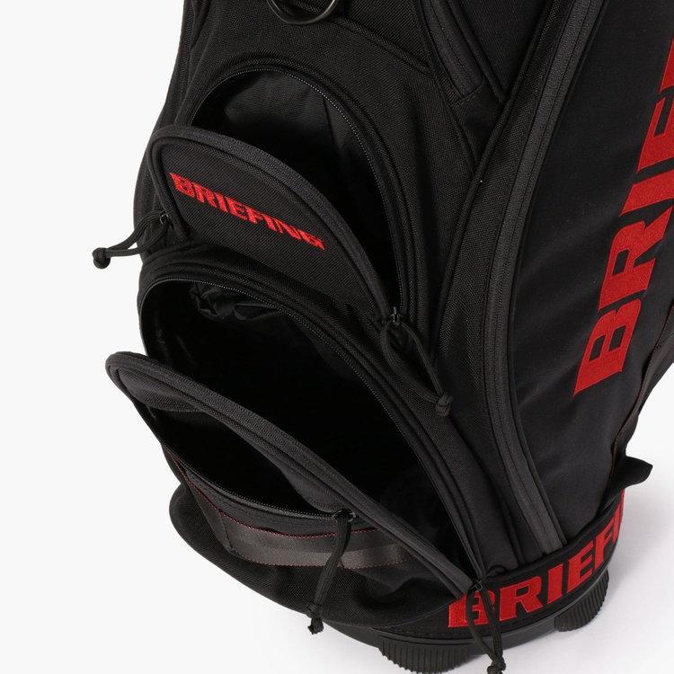 ゴルフボール1ダースを収納可能なポケット。