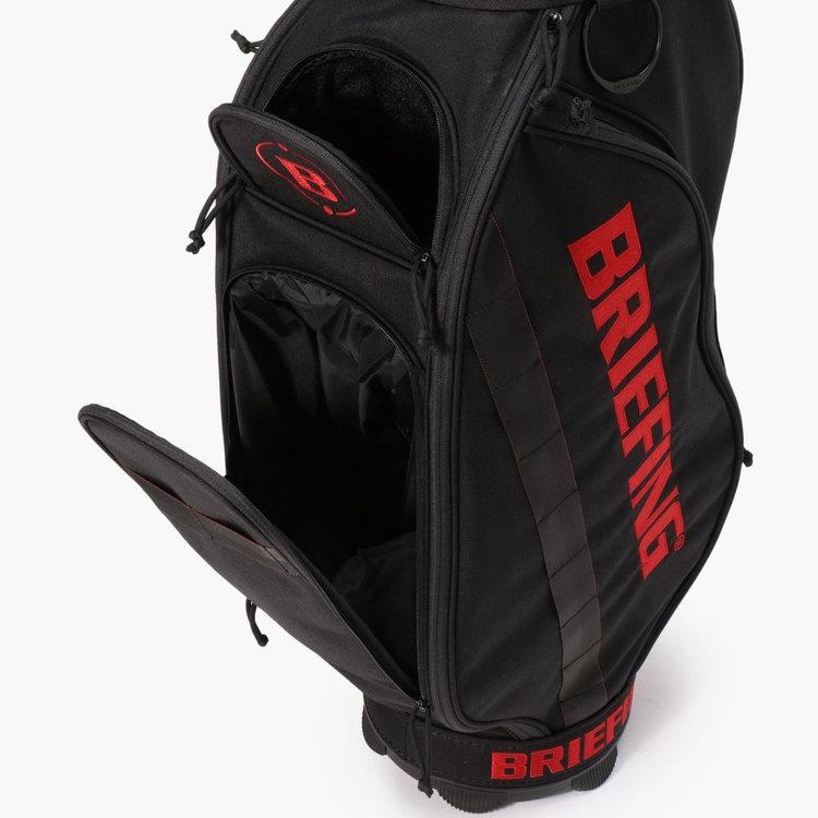 上部のポケット内部はベロア調に仕上げ、スマホなどの傷つけたくないアイテムを収納するのに便利。