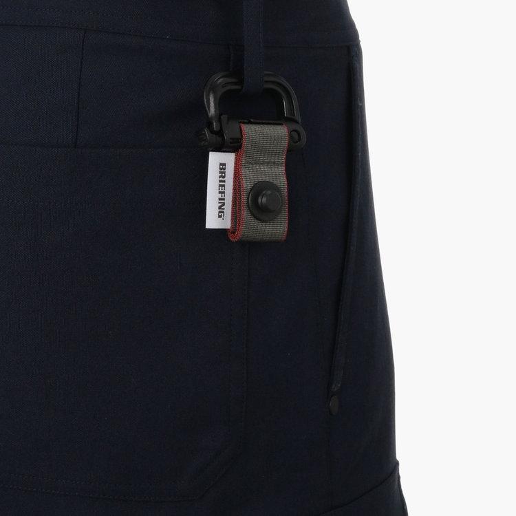 グリムロックは、プレイ中ベルトループ等に装着する事を想定しています。ホルダー部分を本体に装着したままでの使用は、グリムロックが外れてしまう事がございますのでご注意ください。