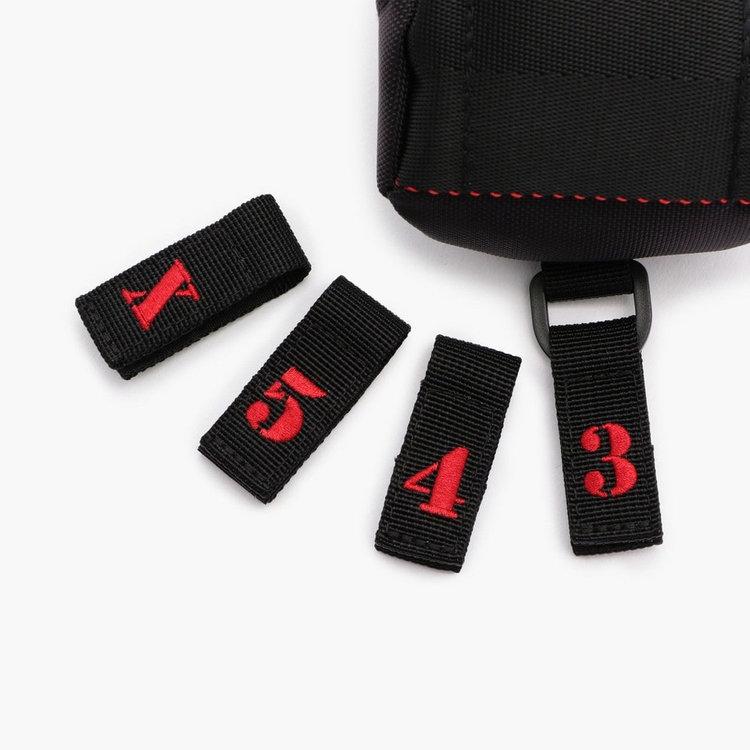 番手表示の文字パーツは「3」「4」「5」「X」が付属いたします。