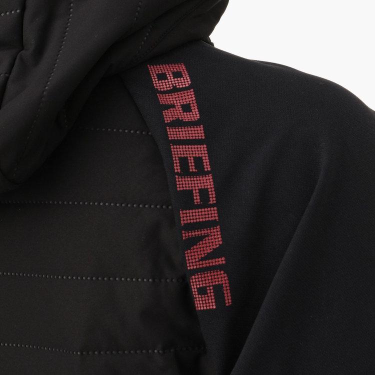 身頃と袖の切り替え部分にBRIEFINGロゴを配した技ありなデザイン。