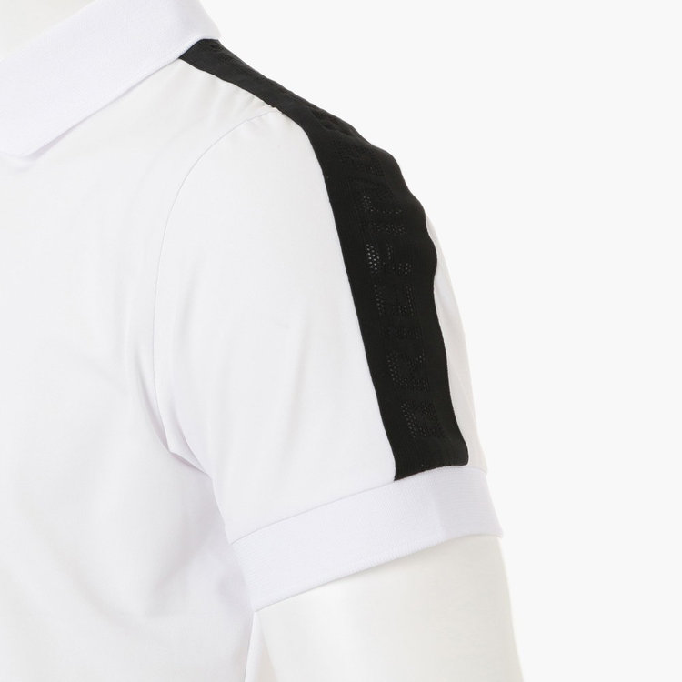 袖部分にはBRIEIFNGロゴをメッシュで表現したテープを配しました。