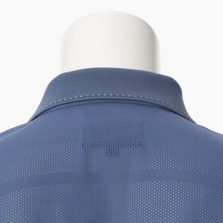 吸収・速乾性はもとより、洗濯耐久性にも優れた性能を有する素材を使用。快適な着心地が持続するだけでなく、日々のお手入れも容易に。
