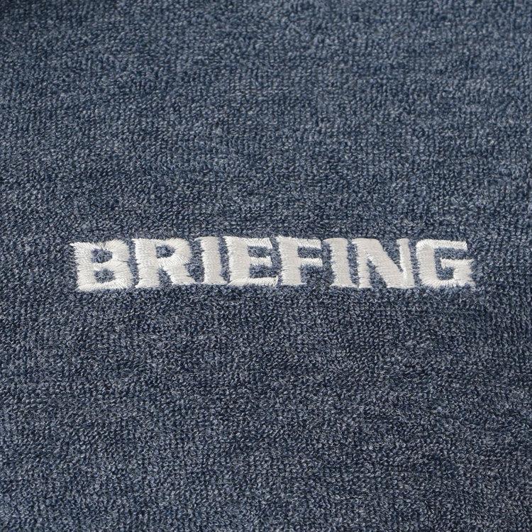 胸元にはBRIEFINGロゴの刺繍をあしらいました。