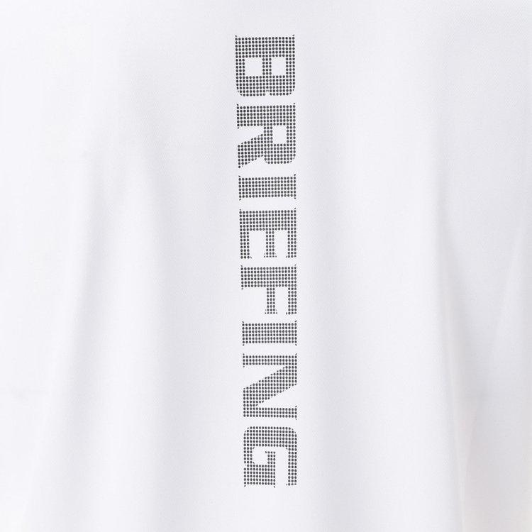 背面にBRIEFINGロゴを大胆に配した1枚で着用した際も様になるデザイン。