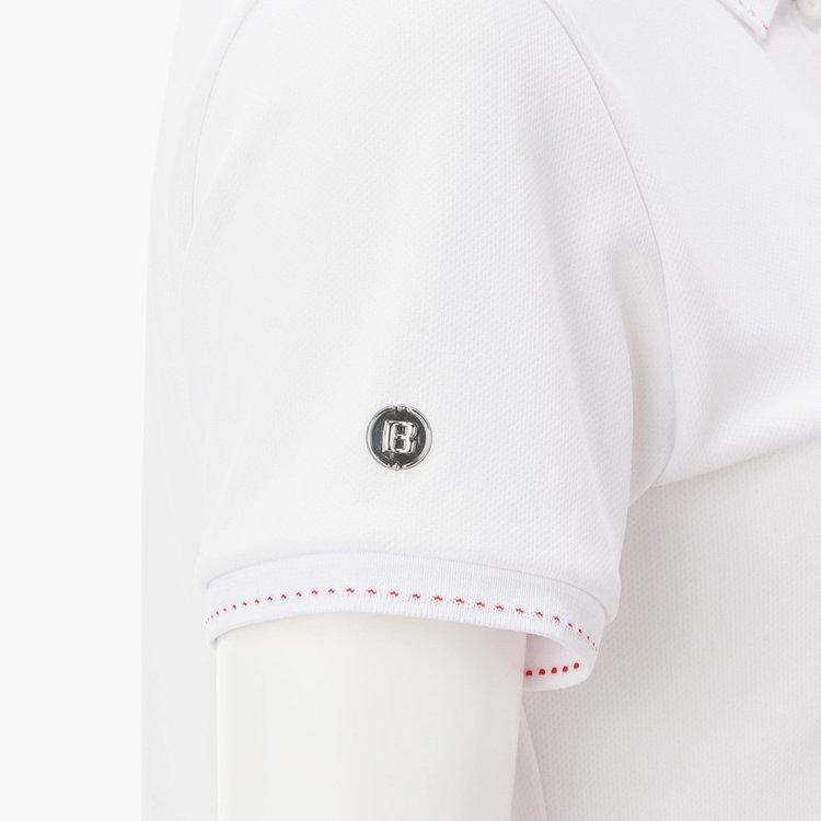 袖部分に配したBマークのメタリックロゴ。