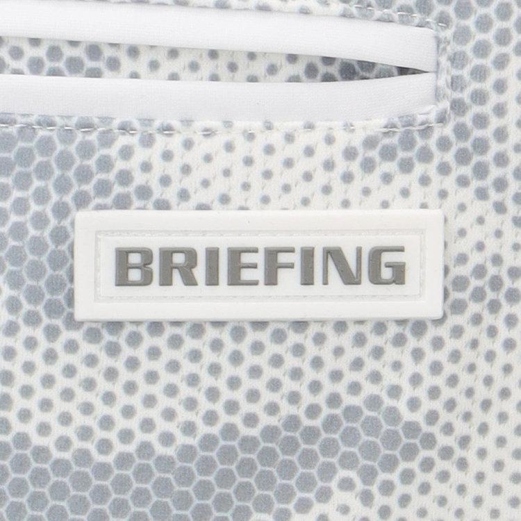 バックポケットには、BRIEFINGロゴ入りのシリコンワッペンを配し、さりげないアクセントに。