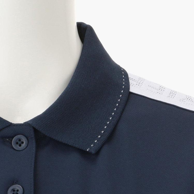襟に配色のステッチをあしらった技ありのデザイン。