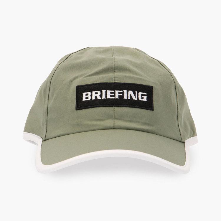フロントにはBRIEFINGロゴの刺繍をあしらったワッペンを配し、さりげないアクセントに。