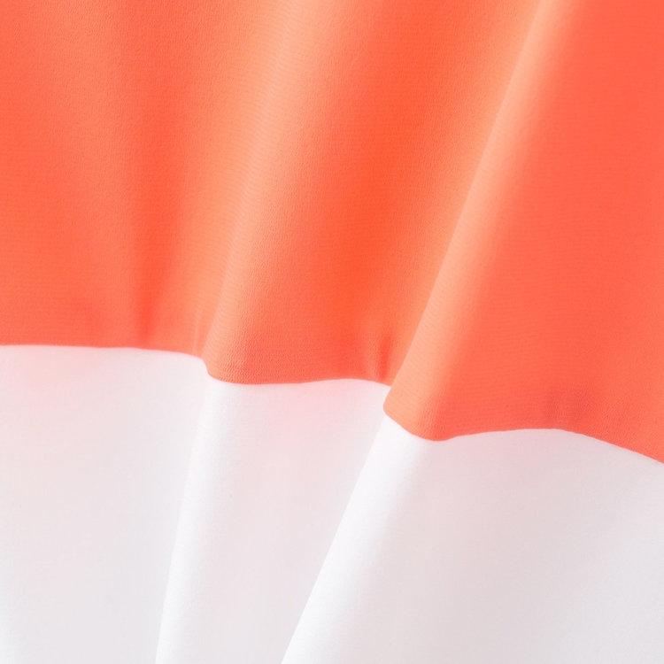 軽量で伸縮性・通気性に優れたナイロンストレッチ素材をメインに使用。